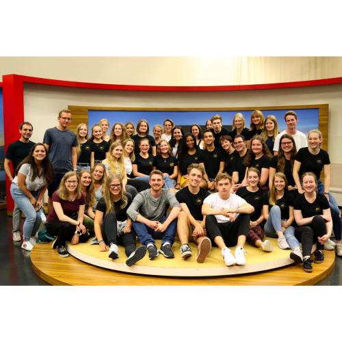 Um Fernsehjournalismus auch mal bei den Profis zu erleben, haben wir im Sommer 2019 einen Ausflug zum BR in München gemacht.